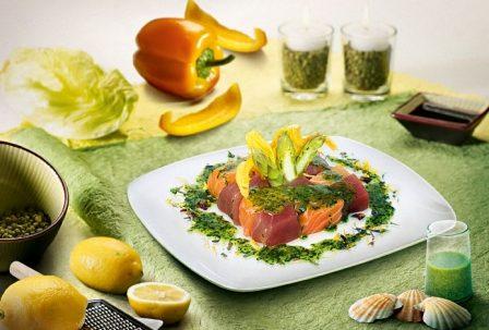 Pagani La Verde para Ajedrez atún y salmón con espárragos y calabacín